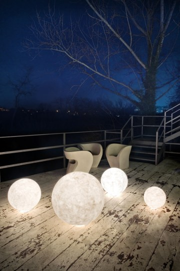 ex-moon-outdoor-light-in-esartdesign-in-esartdesign-clippings-1276741