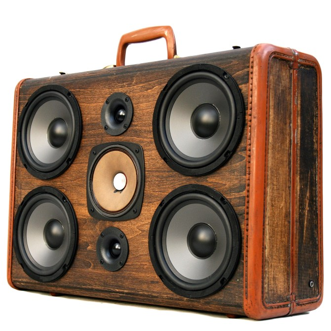 Wooden BoomCase Wooden BoomBox