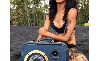 Hawaii Beach Life Bikini Girl BoomCase Speaker BoomBox Blacks Sand Beach Bluetooth Portable