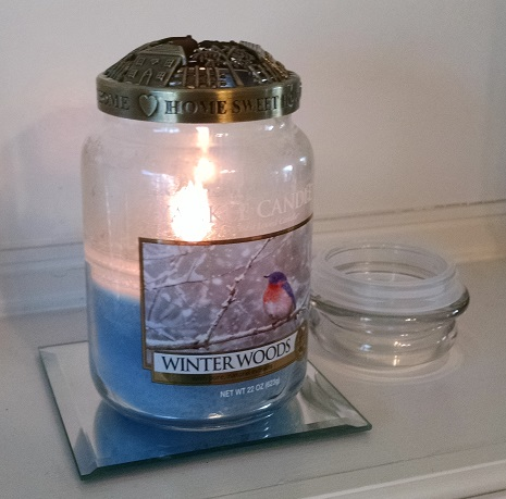 yankee-candle-winter-woods