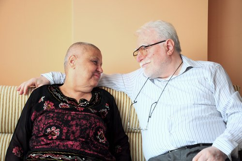 5 ways to support the caregiver in your life