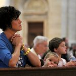 Archbishop urges Mass-goers to defend religious liberty