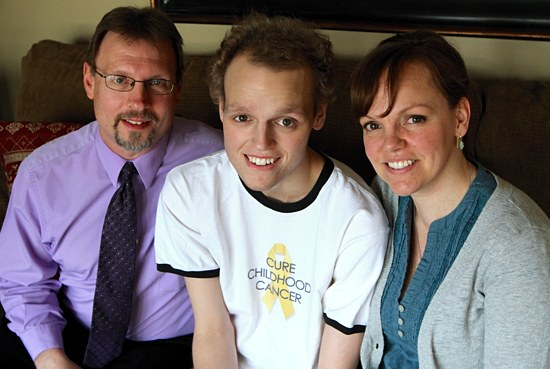 Rob, Zach and Laura Sobiech, at home April 24. (Dave Hrbacek / The Catholic Spirit)