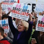 Italy: 'Family Day' rally draws hundreds of thousands