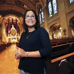 Woman leaves church shopping behind, prepares to become Catholic