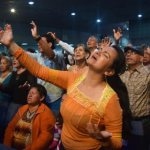 Latin American Catholics say 'personal' experiences boost evangelicals