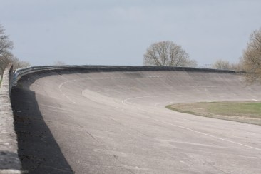 Entry to the banking at Montlhéry