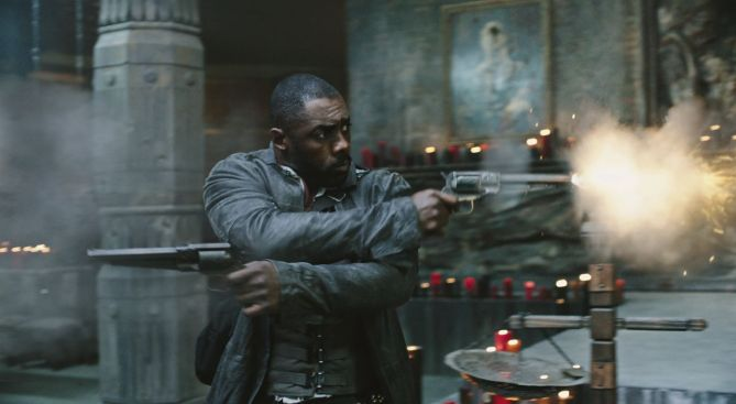 Roland (Idris Elba) in Columbia Pictures' THE DARK TOWER.