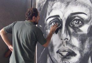 Artist Ben Betsalel painting Florencia.