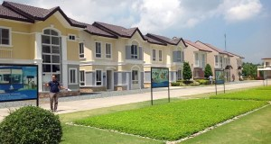 A row of model houses at Lancaster New City Cavite
