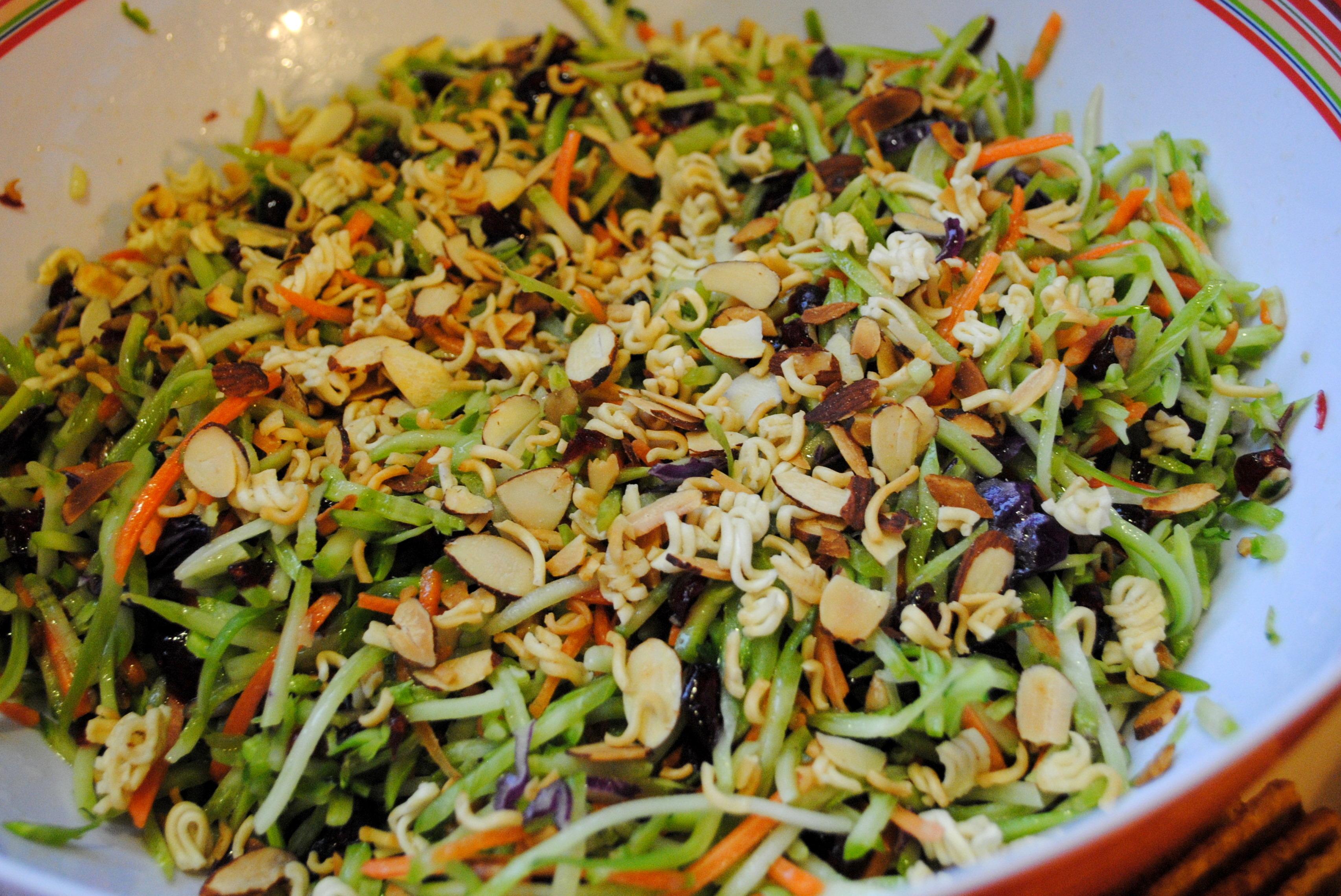 ramen noodle coleslaw with sunflower seeds