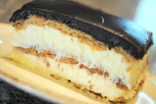 Easy Icebox Eclair Cake