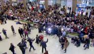 Conan_Korea_welcome_airport
