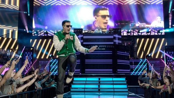 Popstar_AndySamberg_LonelyIsland_Conner4Real