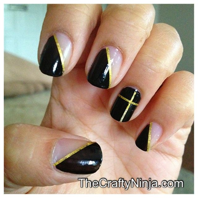 nail tape mani