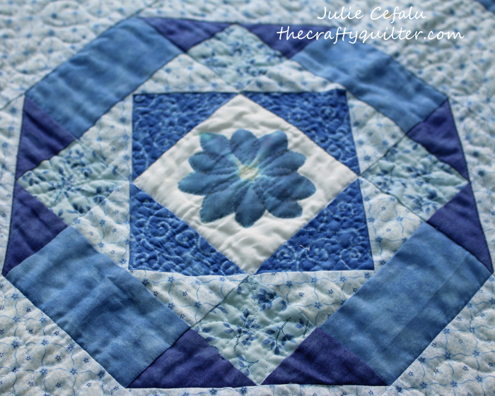 flower pounding quilt block