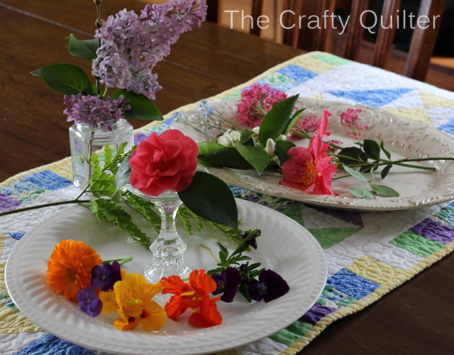 Table Runner set