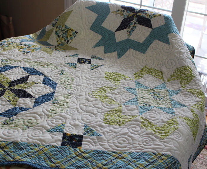 Supersized Stars Quilt made by Julie Cefalu