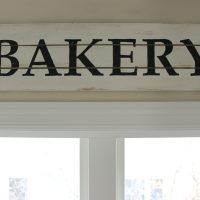 DIY Farmhouse Style Bakery Kitchen Sign