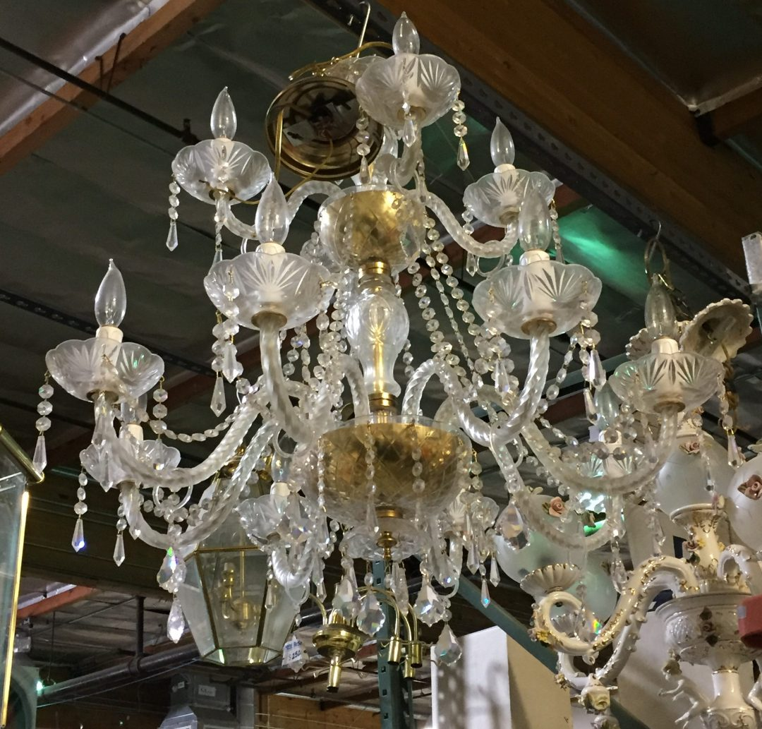A fancy schmancy crystal chandelier $90, would anyone's meatloaf taste better!