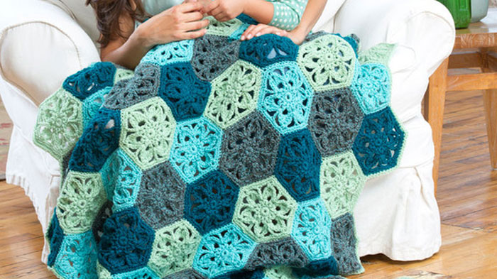 Crochet Flower Throw Afghan Pattern - The Crochet Crowd