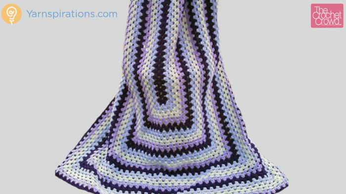 Crochet Patterns Rectangle : Crochet Granny Rectangle Afghan + Tutorial - The Crochet Crowd