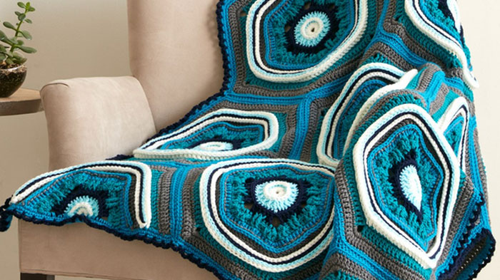 Best Crochet Stitches : Stitch, Stop & Roll Crochet Afghan - The Crochet Crowd