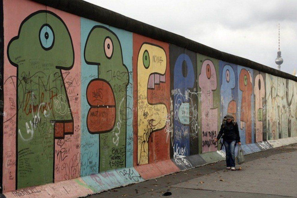 Graffiti de Thierre Noir, East Side Gallery 1984.