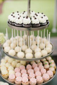 Raleigh_North_Carolina_Stunning_Hanging_Garden-Cupcakes