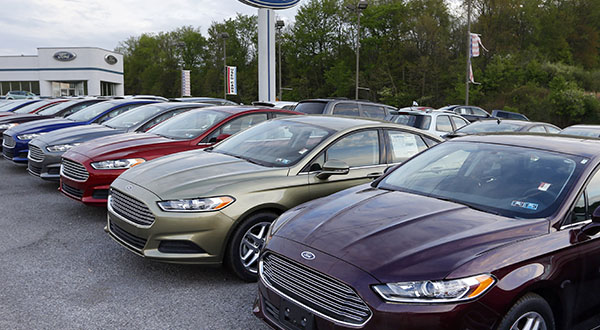 U.S. auto sales expected to rise in June