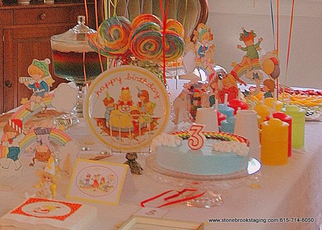 DSC 0584 1 Rainbow Birthday Party (Joan Walsh Anglund)
