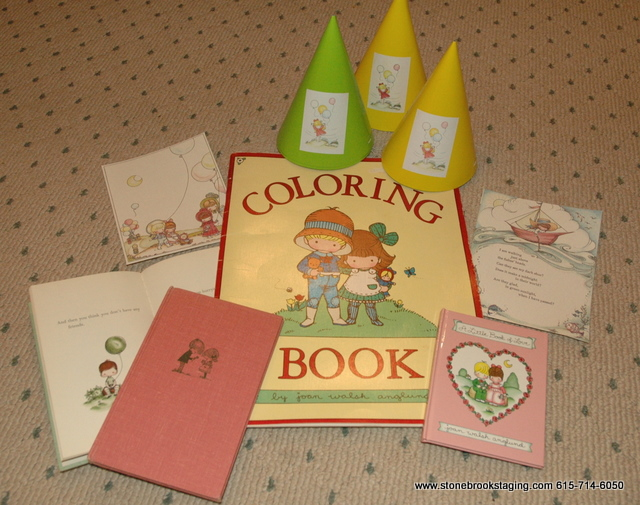 DSC 9074 Rainbow Birthday Party (Joan Walsh Anglund)