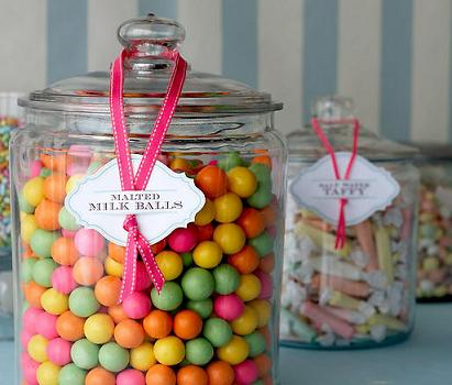 candy in jars via camilla.typepad Decorating with Candy