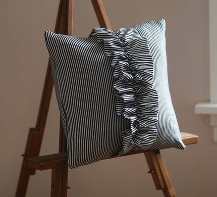 hettle etsy pillow b Ruffles