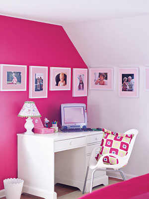border of photos via lhj Ideas for Displaying Photos