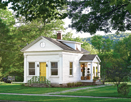 30 K federal style schoolhouse catskills via cl Inside a Renovated Schoolhouse