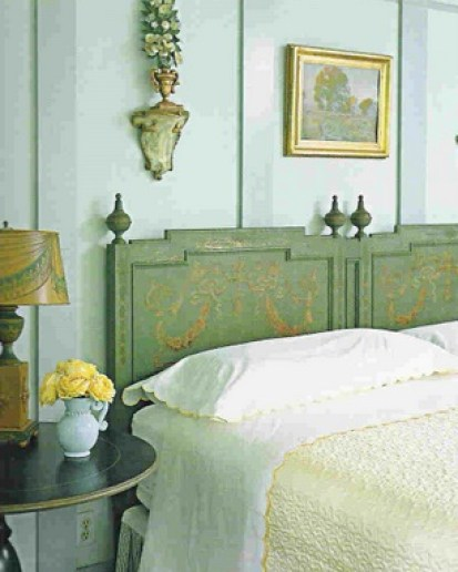 blue bedroom heirloom via xjavierx photostream How to Create a Color Palette for your Home