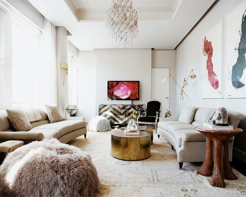 modern living room fur pouf lonny via myfirstlittleplace blogspot How NOT to be a Slave to Decor Trends
