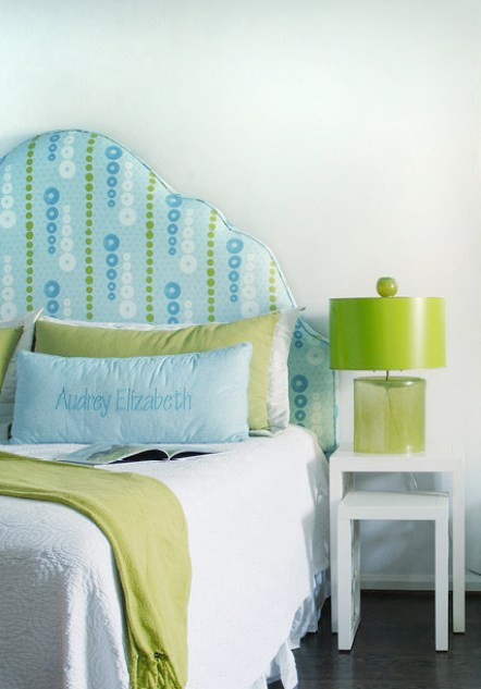 avocado and blue girls room via house of turquoise Obsessed with Blue & Green