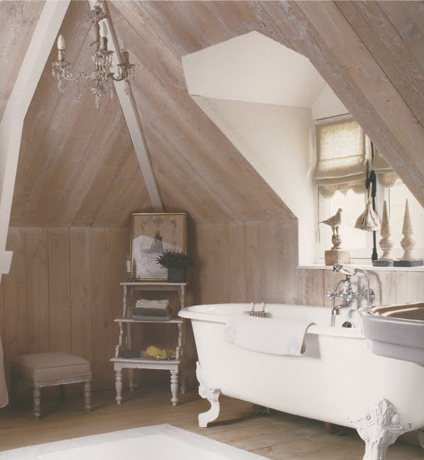 Limed wood bathroom via allthingspaintandplasters blogspot Limed Wood:  Hot, Hot, Hot