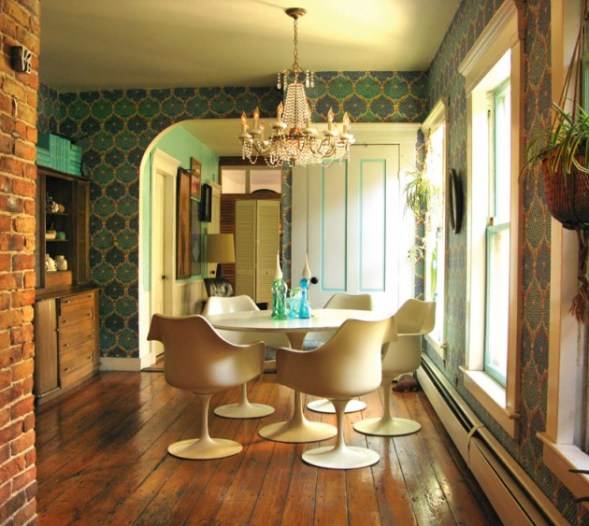 dining room saarinen table Bohemia   Where Hippy Chicks Rule
