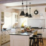 white kitchen via kitchenremodeldesigns_blogspot