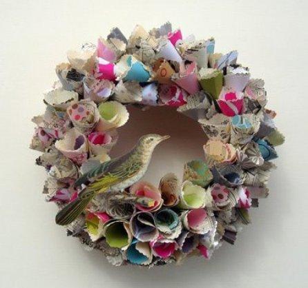paperwreath via teaforjoy blogspot Paper Wreaths & Other Crafty Christmas Desires