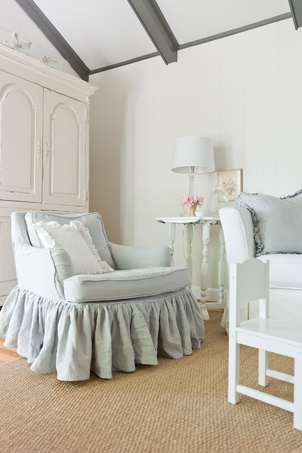 DSC 8317 111 Creating Heaven on Earth: The Right Paint Colors for Belgian Chic