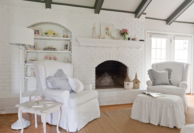 DSC 8329 Creating Heaven on Earth: The Right Paint Colors for Belgian Chic