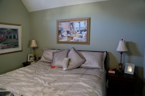 7O3A3817 600x400 3 Bedroom Changes You Can Make in One Day   More Reveals in Allisons Home Makeover