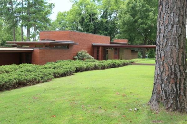 7O3A9089 600x400 Frank Lloyd Wrights Rosenbaum House Tour