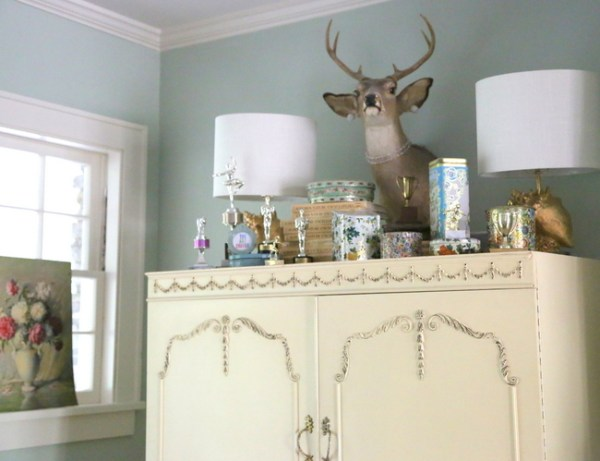 7O3A9667 600x461 I Go Kicking and Screaming   Eclectically Fall Home Tour