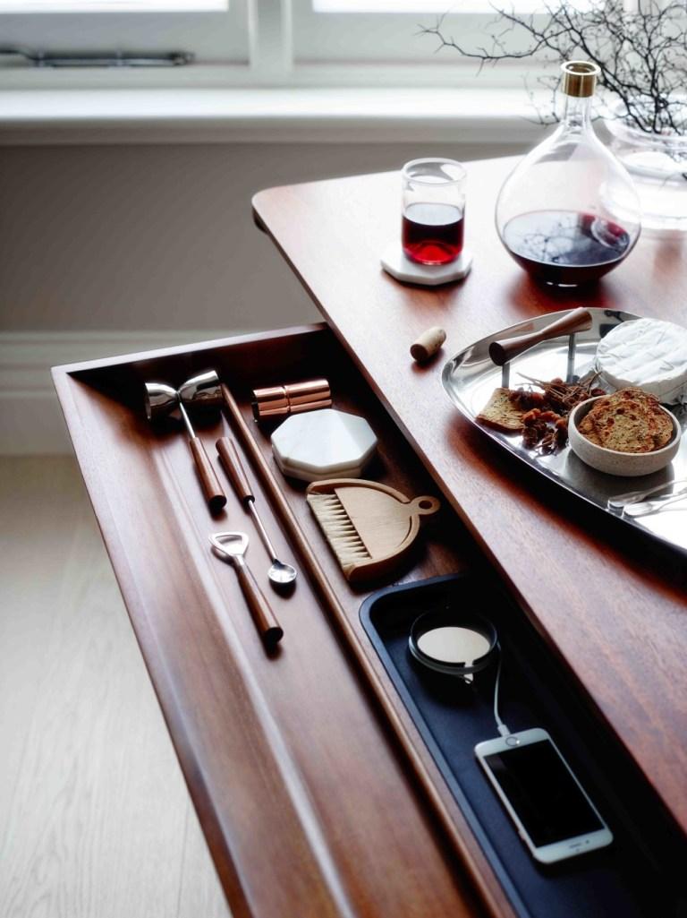 Living Edge_Carafe table designed by Charles Wilson for Herman Miller_009-5