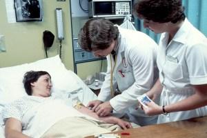 Réduction du Danger de sucre dans le sang pour les Patients hospitalisés